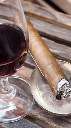 Father's Day Cigar & Wine Pairing